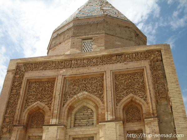 トルクメニスタン世界遺産『クフナ・ウルゲンチ』イル・アルスラン廟画像