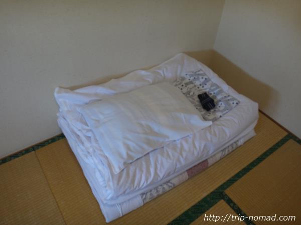 『枕崎シティホテル福住』室内ベッド&枕