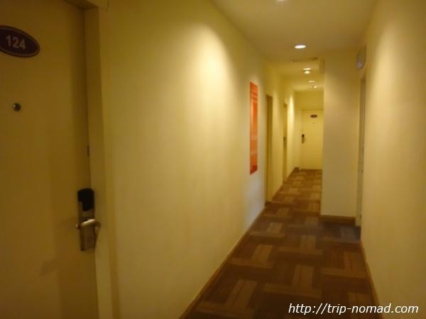 『ホテル セントラル クアラルンプール』部屋入口