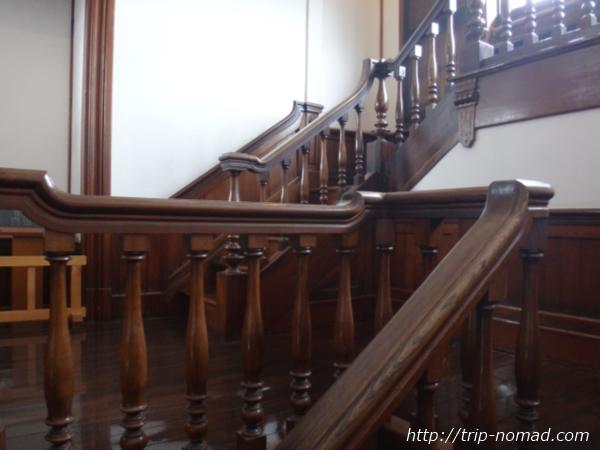 青森県五所川原市『斜陽館』階段