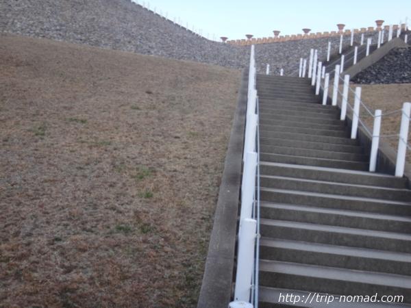 神戸『五色塚古墳』階段