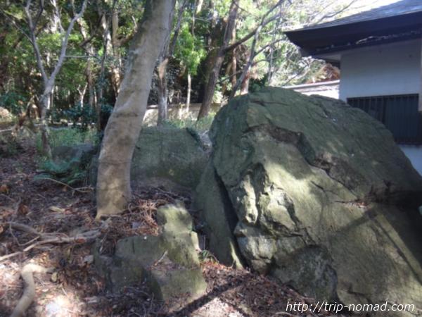 『保久良神社』磐座