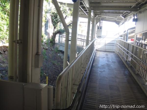 「岡本駅」から『保久良神社』への行き方 阪急電鉄岡本駅改札出てすぐ