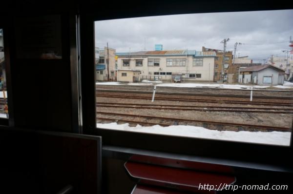 青森県『ストーブ列車』津軽五所川原駅出発