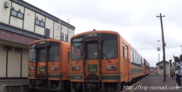 青森県『ストーブ列車』金木駅