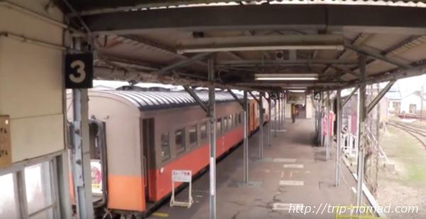 青森県『ストーブ列車』