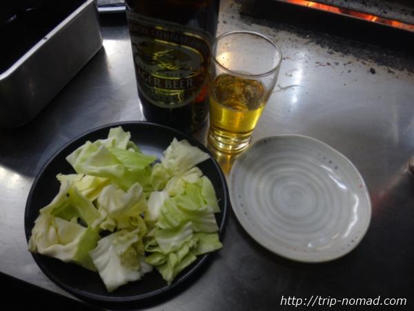 名古屋味噌串カツ・どて煮『八幡屋』でビール&キャベツ