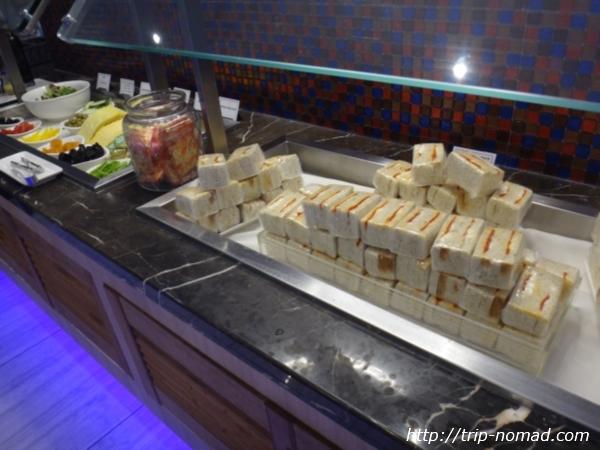 『SATSプレミアラウンジ』サンドイッチ