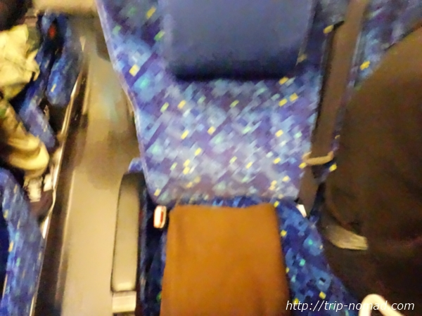 『ミルキーウェイ エクスプレス』バス車内