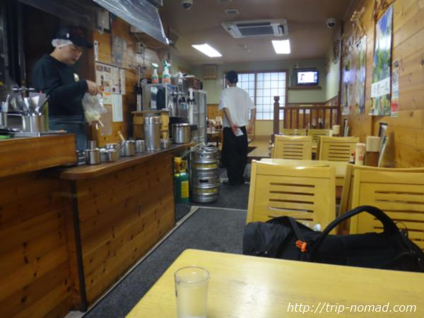 岡山駅ホルモン焼きうどん「もり」