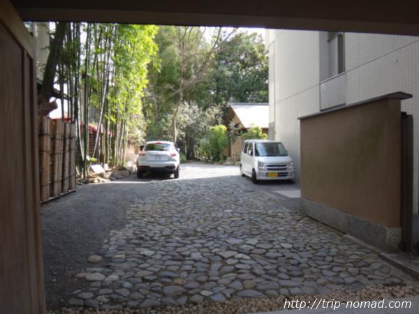 『ホテルガーデンスクエア静岡』横の名園「浮月楼」