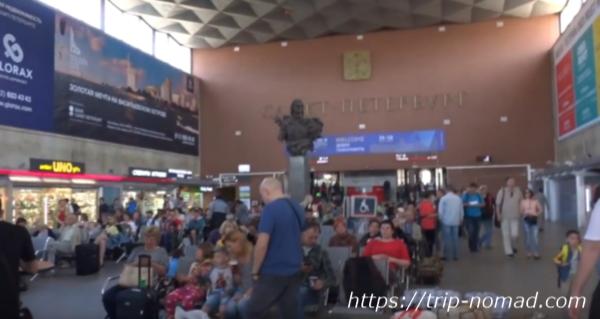 ロシアサンクトペテルブルク「モスコフスキー駅」構内画像