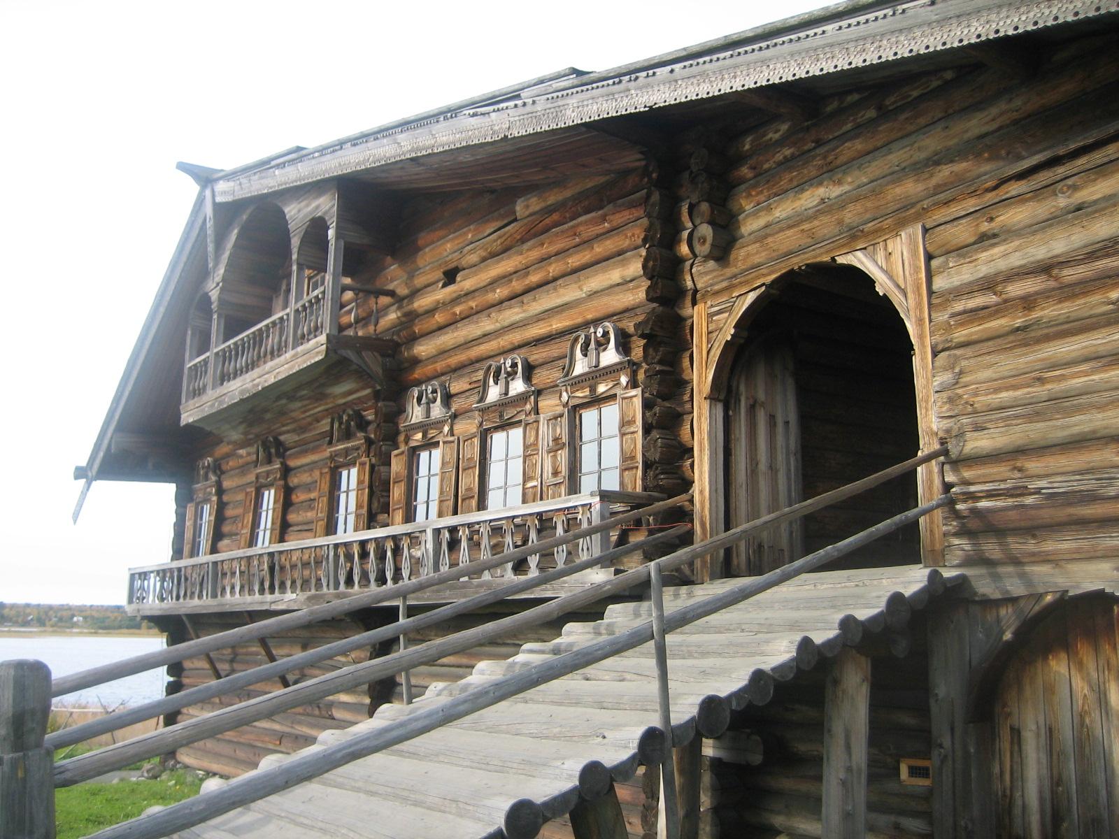 キジー島の木造建築物