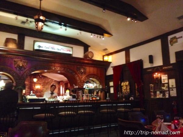 『レリックス(Relics Restaurant-Dinner)』店内画像
