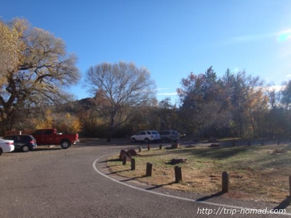 『レッドロック・クロッシング(Red Rock Crossing)』駐車場画像