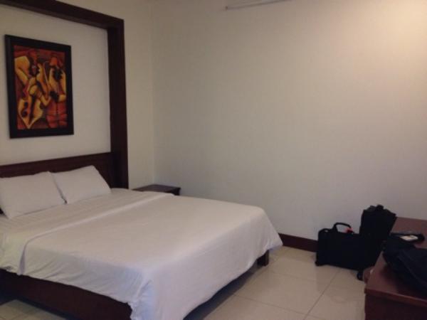 【ベトナム・ホーチミン】夜市でにぎわうベンタイン市場のそば『シティホテル – 18 ルーヴァンランストリート』に泊まったよ