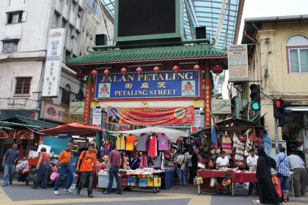 【マレーシア・クアラルンプール】『チャイナタウン』は超ディープでカオスなグルメゾーンだった!