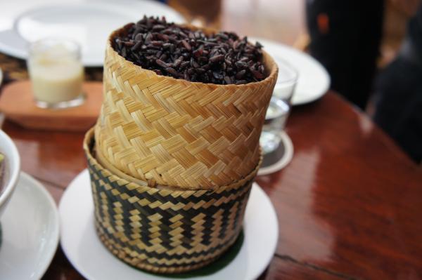 【保存版】ラオスに行ったら絶対食べておきたい定番おすすめローカル料理はコレ!