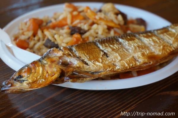 バイカル湖でしか食べられない幻の魚「オームリ」を食べた!