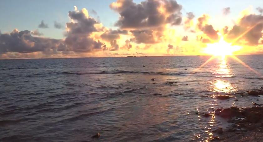 『ジープ島』を一周してみた!楽園の大きさは徒歩3分だった!