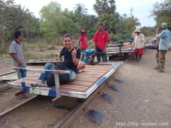 【カンボジア・バッタンバン】もうじき廃線?噂の『バンブートレイン』に乗ってきた!【動画あり】