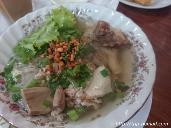 【カンボジア】麺好きがアンコールワット観光に来たらこれを食え!『クイティウ』