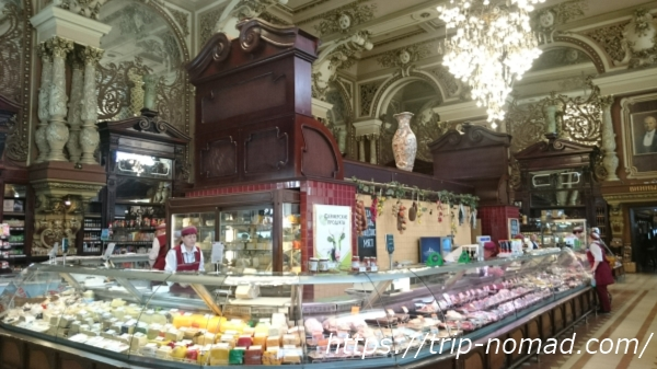 【動画あり】モスクワ観光するなら必見!ロシア最強の食材店『エリセーエフスキー』の見どころポイント!